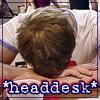 wildepet: Roman_headdesk