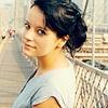 Raeleigh Lander posting in Find Icons